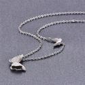 Ocelový náhrdelník Parisi - motýlek 18K bílé pozlacení
