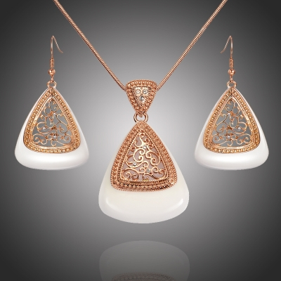 Souprava náhrdelníku a náušnic Swarovski Elements Belladonna