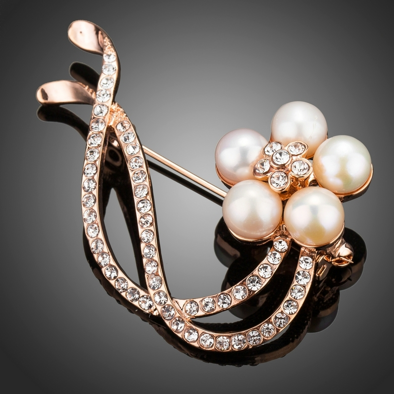 Brož s perlou a Swarovski Elements Vedetta - květina