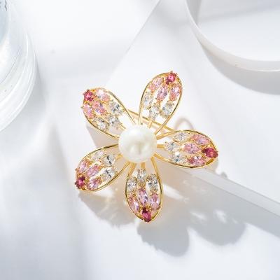 Exkluzivní brož Swarovski Elements Fiorita - květina