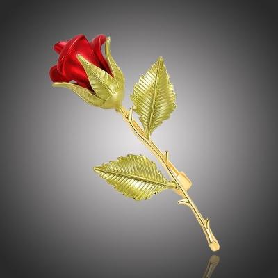 Elegantní brož v podobě růže