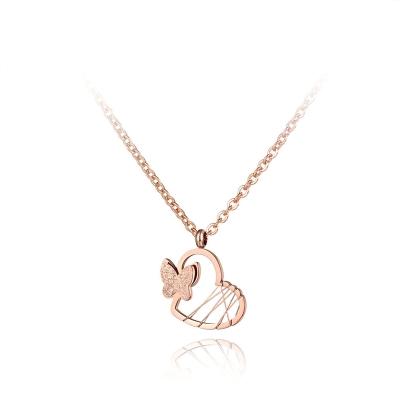 Ocelový náhrdelník Bruna - chirurgická ocel, srdce, motýl
