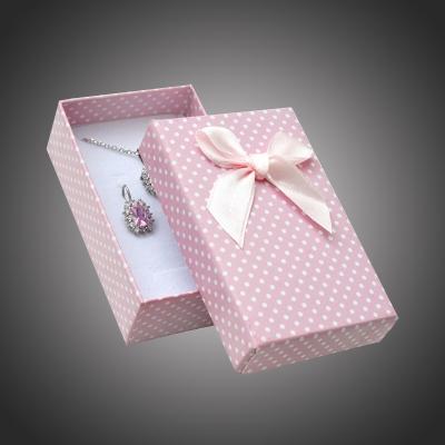 Puntíkatá dárková krabička na šperky Arco 3