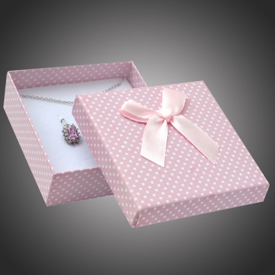 Puntíkatá dárková krabička na soupravu šperků Arco 5