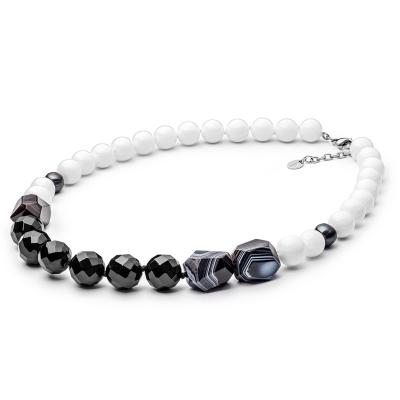 Korálkový náhrdelník Alaina - sladkovodní perla, Achát, Onyx, Perleť