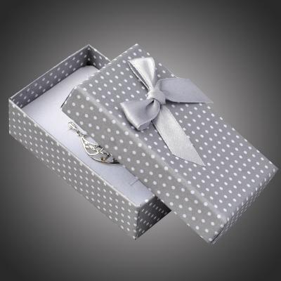 Puntíkatá dárková krabička na šperky Arco 10