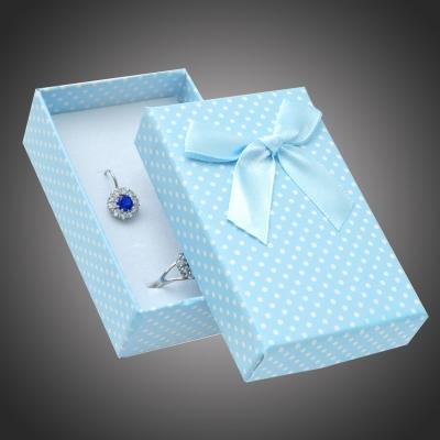 Puntíkatá dárková krabička na šperky Arco 14