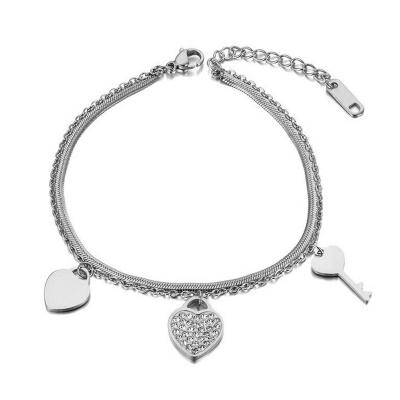 Ocelový náramek Leah - srdce, klíč