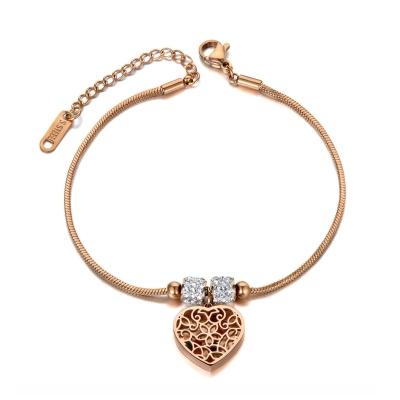 Ocelový náramek Millie Gold - srdce, chirurgická ocel