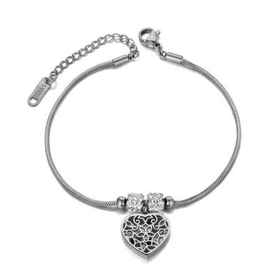 Ocelový náramek Millie - srdce, chirurgická ocel
