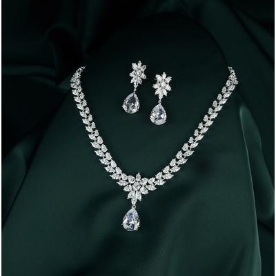 Luxusní souprava šperků Swarovski Elements Desireé